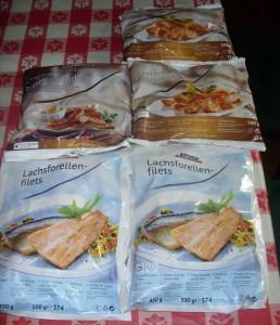Bofrost Hähnchenbrustfiletstücke, Bratwurst, Lachsforellenfilets