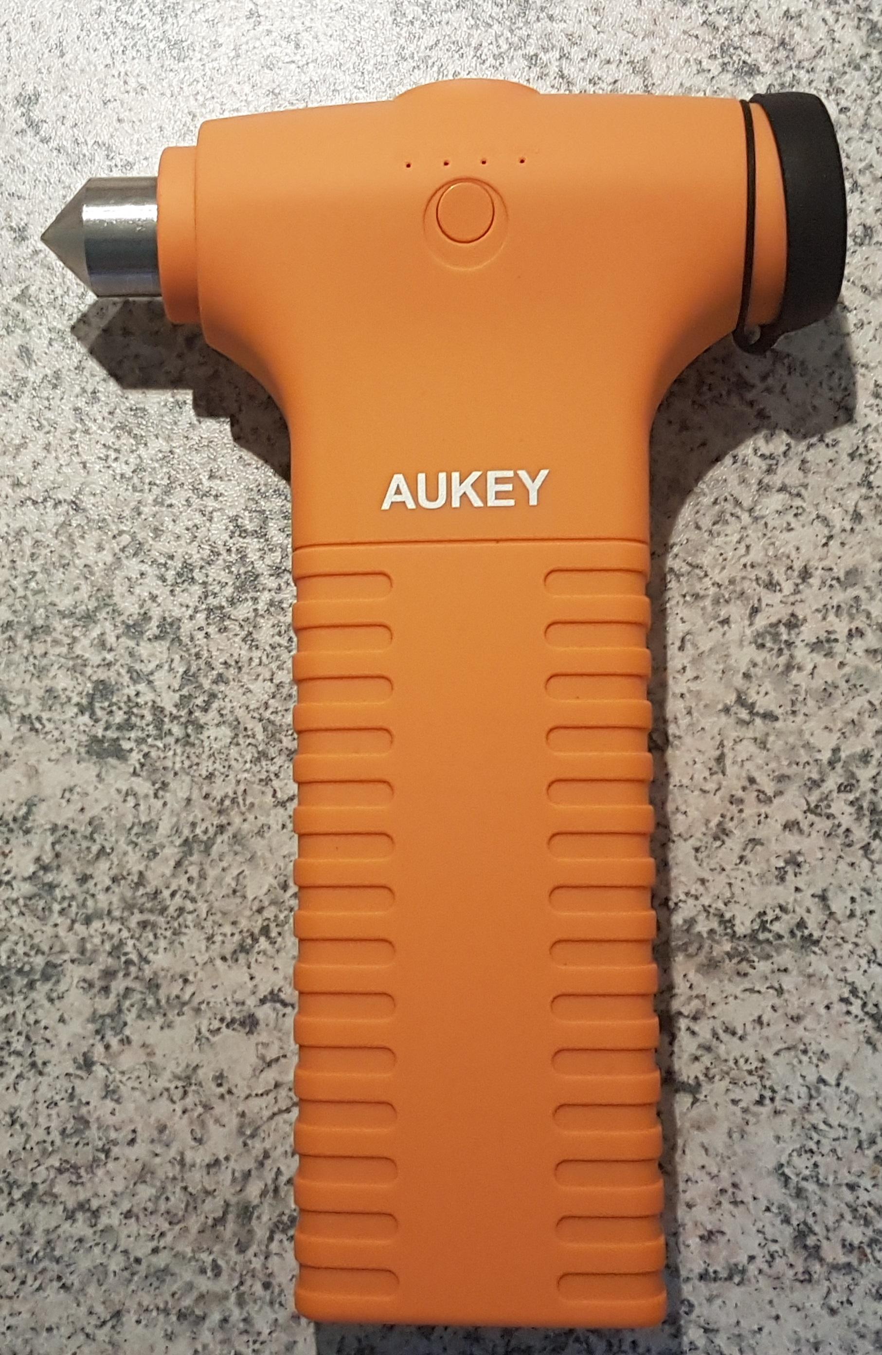 aukey-auto-starthilfe-externer-akku-12000mah-hammer