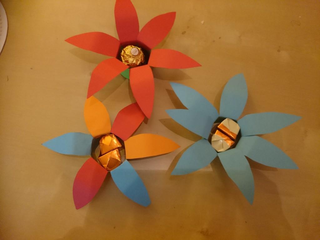 Gefüllte Blüten oben