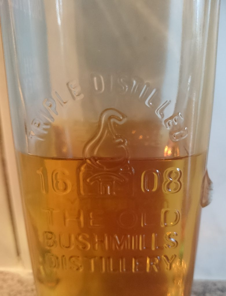 Bushmills Irish Honey Whiskey Likör Relief