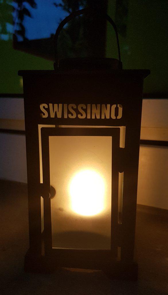 Swissinno Mücken-Stop Laterne abends